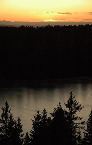 Solefall over Tverråsvannet