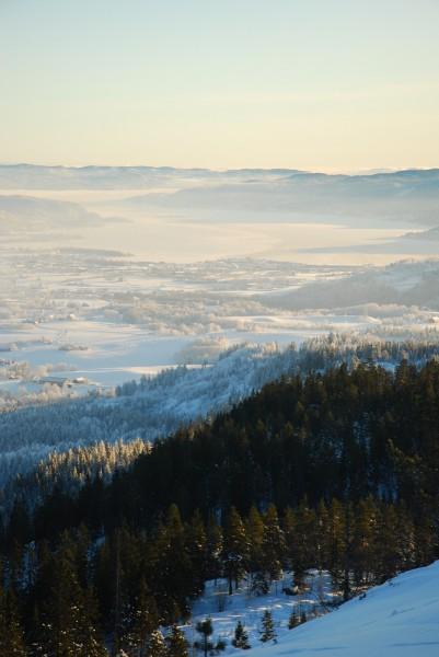 Kulda har tatt grep i lavlandet, oppe i Finnemarka er ikke kaldt.
